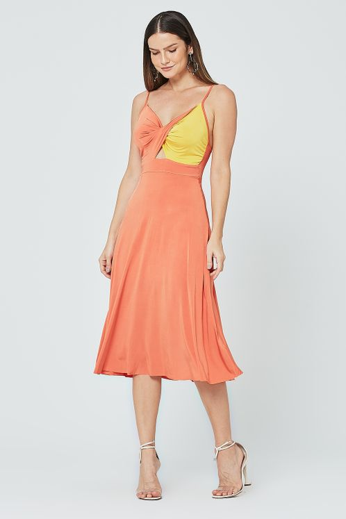 vestido_0352101_larajaamareloouro_1